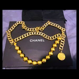 Chanel cc coming gold chain belt